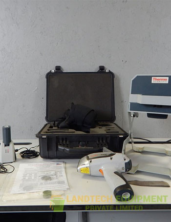 Niton-XL3t-700-Hand-held-XRF-Analyzer.jpg