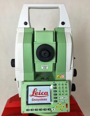 Leica-TM30-R1000-Robotic-Total-Station.jpg